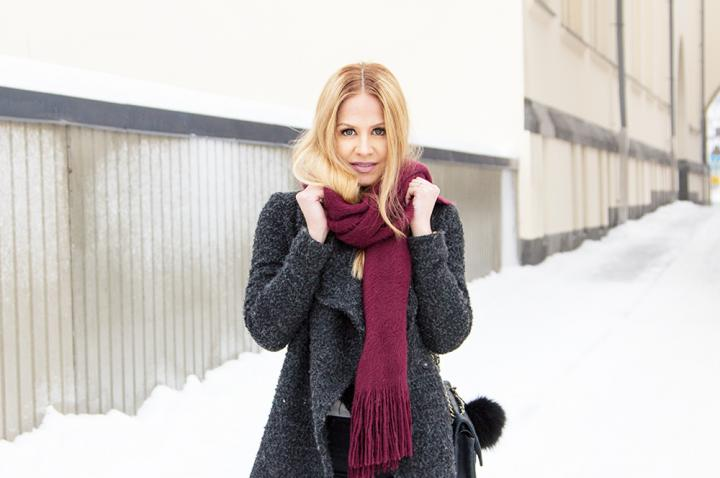 winter outfit inspiration wool coat