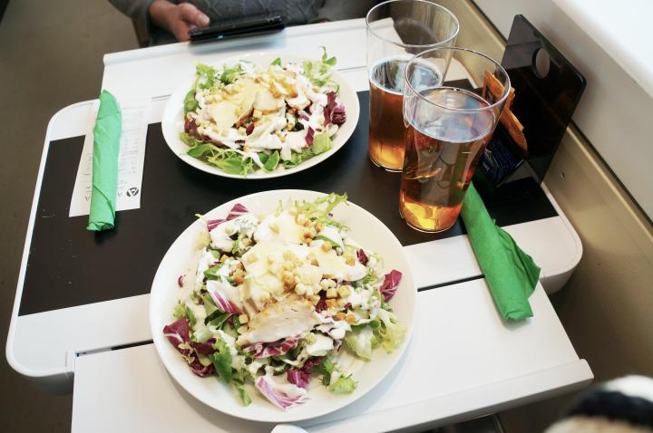 vr tåg lunch restaurang vagnen