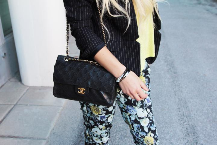 chanel flap bag outfit inspiration