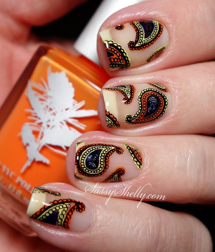 retro paisley negative space nail art