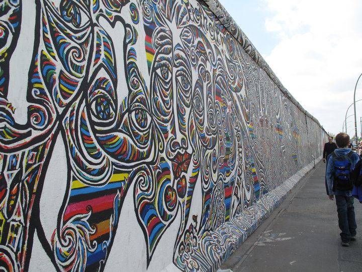 Berlin wall street art graffiti