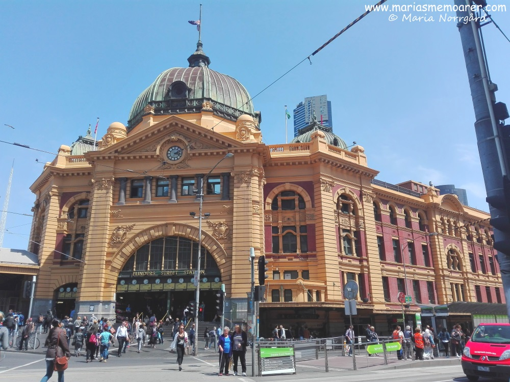 Flinders street station in CBD Melbourne / city centre of Melbourne