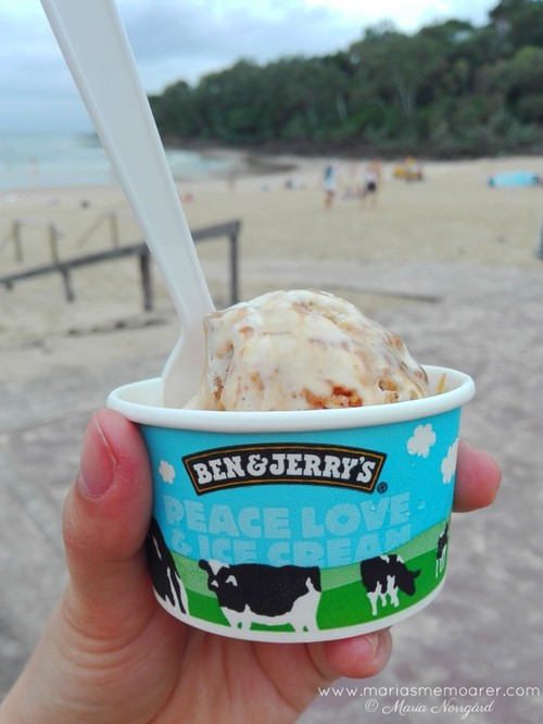 Ice cream at Noosa Main Beach