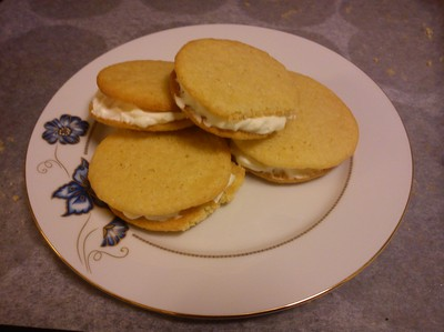 Whoopie pies med whipped cream cheese fyllning