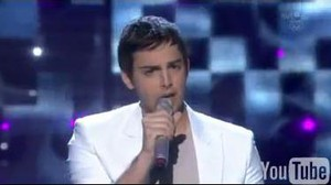 Darin är med i finalen i Melodifestivalen 2010 med sitt bidrag You´re out of my life