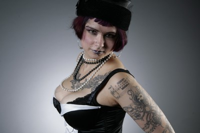 Alternativ fetish goth model plus size