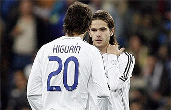 higuain and Gago