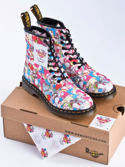 sanrio hello kitty dr martens