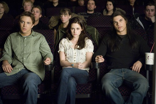 mike, bella & jacob at the cinema, new moon