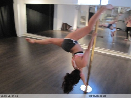 Pole dance extended butterfly
