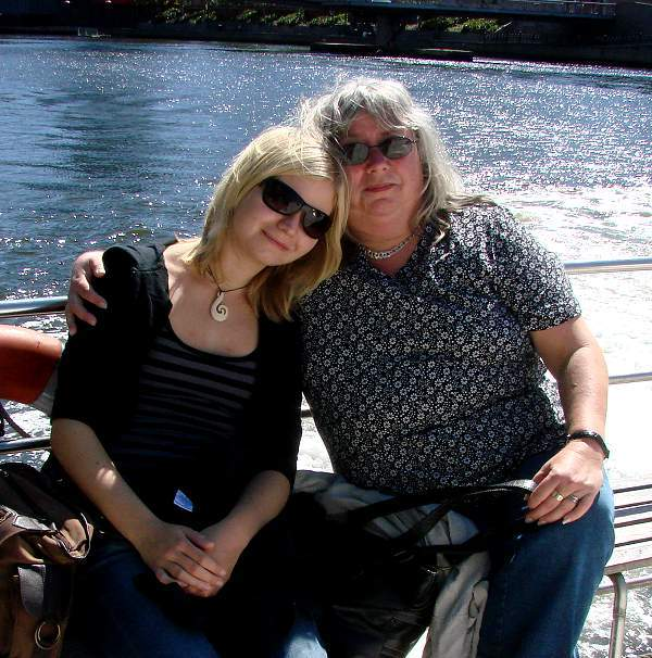 Helena and Eva on river tour