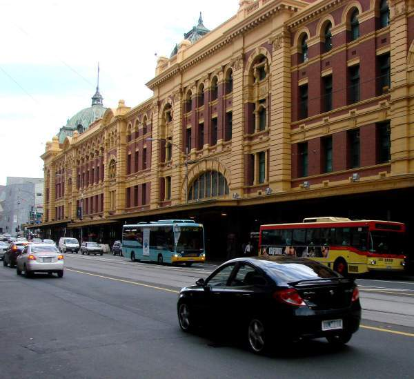 Railway station ast Flinders street