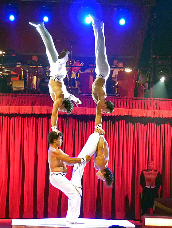 Acrobats in Circus Maximum