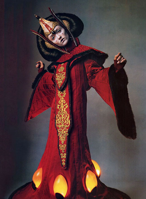 Irving Penn for Vogue US April 1999 - Star Wars Couture 2