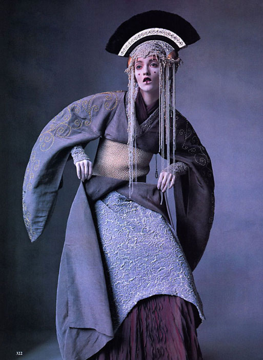 Irving Penn for Vogue US April 1999 - Star Wars Couture 3