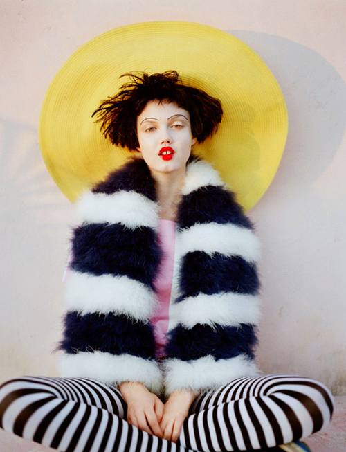 Tim Walker for Vogue UK Apr 2011 - The Right Side 5