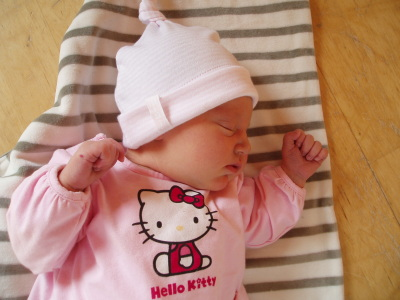 Ava Estelle i Hello Kitty