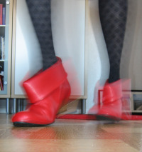 Red shoe girl