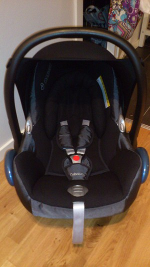 Maxi cosi cabrio fix black reflection