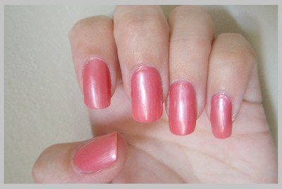China Glaze - Strawberry Smoothie