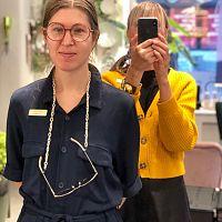 Nu kommer Linda Farrows glasögon till Stockholm